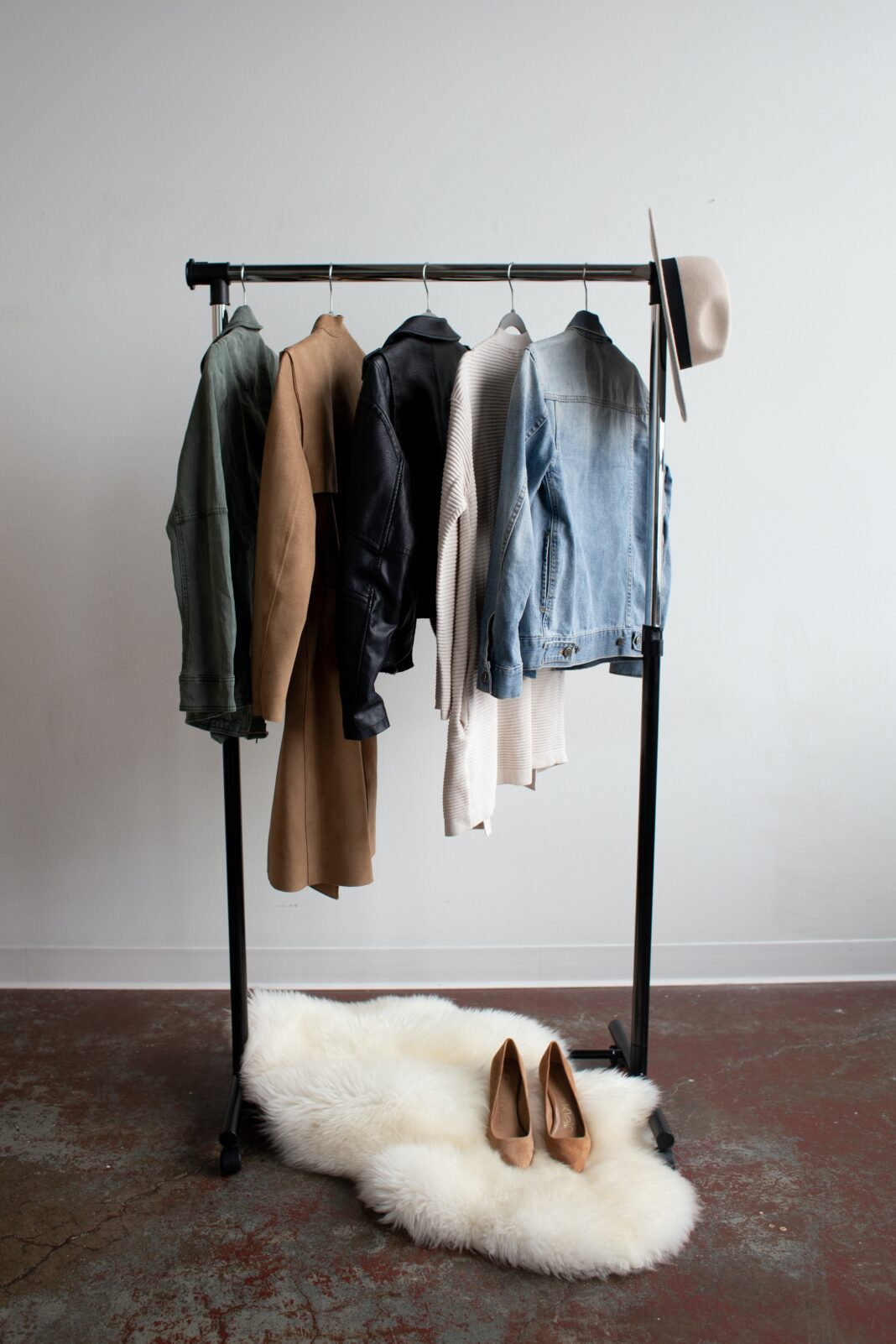 Jak połączyć styl elegancki z casualowym?
